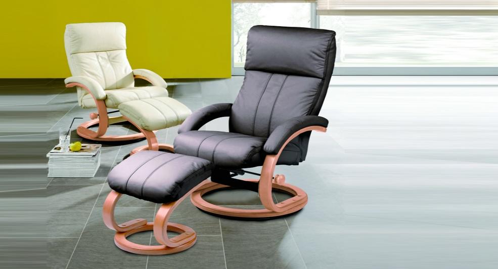Relax-Sessel mit Hocker
